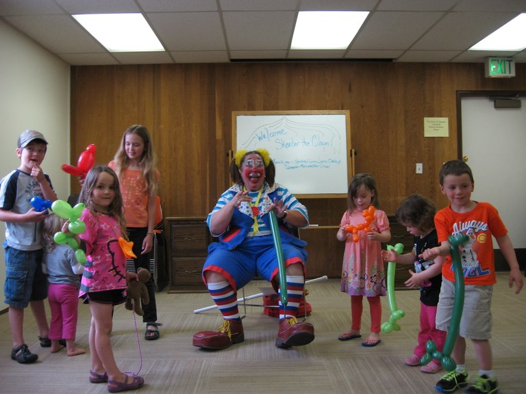 Skeeter the Clown with Kids